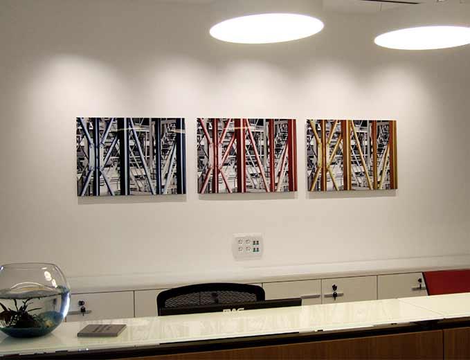 שילוט כניסה לתחנה ומיתוג תחנת כח דליה אנרגיות - תערוכה פנימית